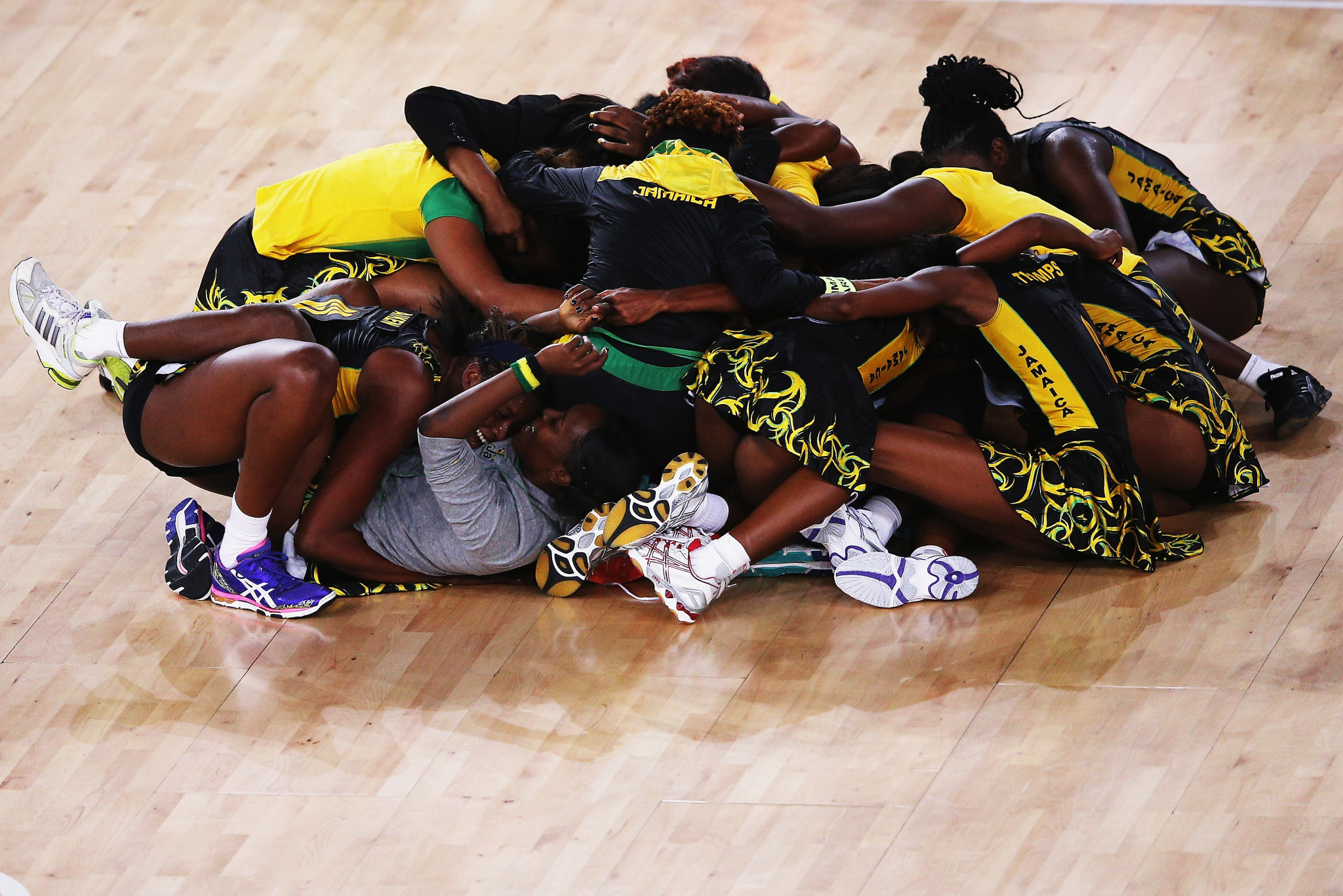 Jamaica celebrate winning a Commonwealth Games bronze medal in netball at Glasgow 2014 ©Getty Images