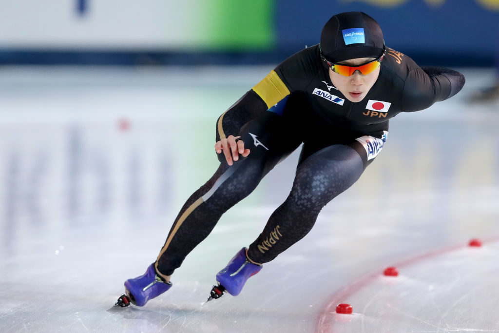 Takagi leads Wüst in ISU World Allround Speed Skating Championships in Amsterdam