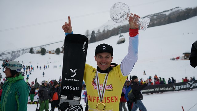 Third place good enough to confirm FIS Snowboard World Cup honours for local hero Galmarini in Scuol