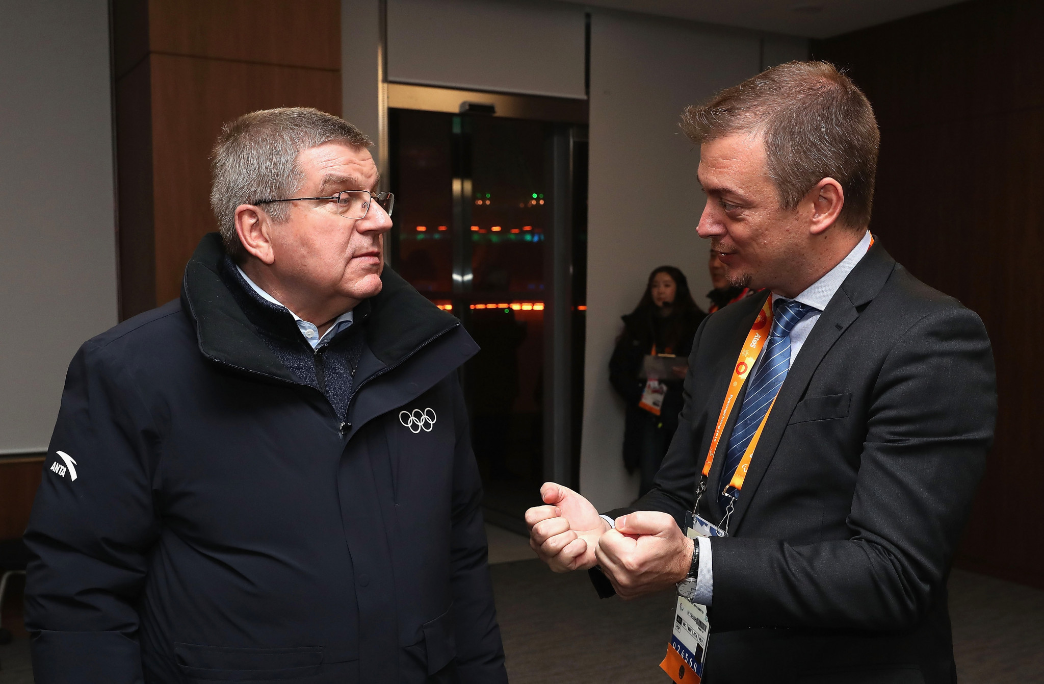 IOC President Thomas Bach, left, and IPC President Andrew Parsons recently signed an extension to their cooperation agreement ©Getty Images