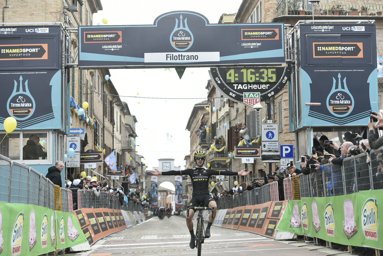 Britain's Adam Yates triumphed on the fifth stage of Tirreno-Adriatico ©LaPresse