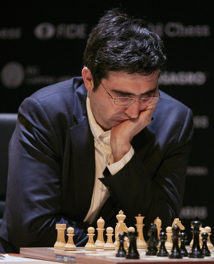 Wild card Kramnik takes early lead at FIDE Candidates Tournament in Berlin