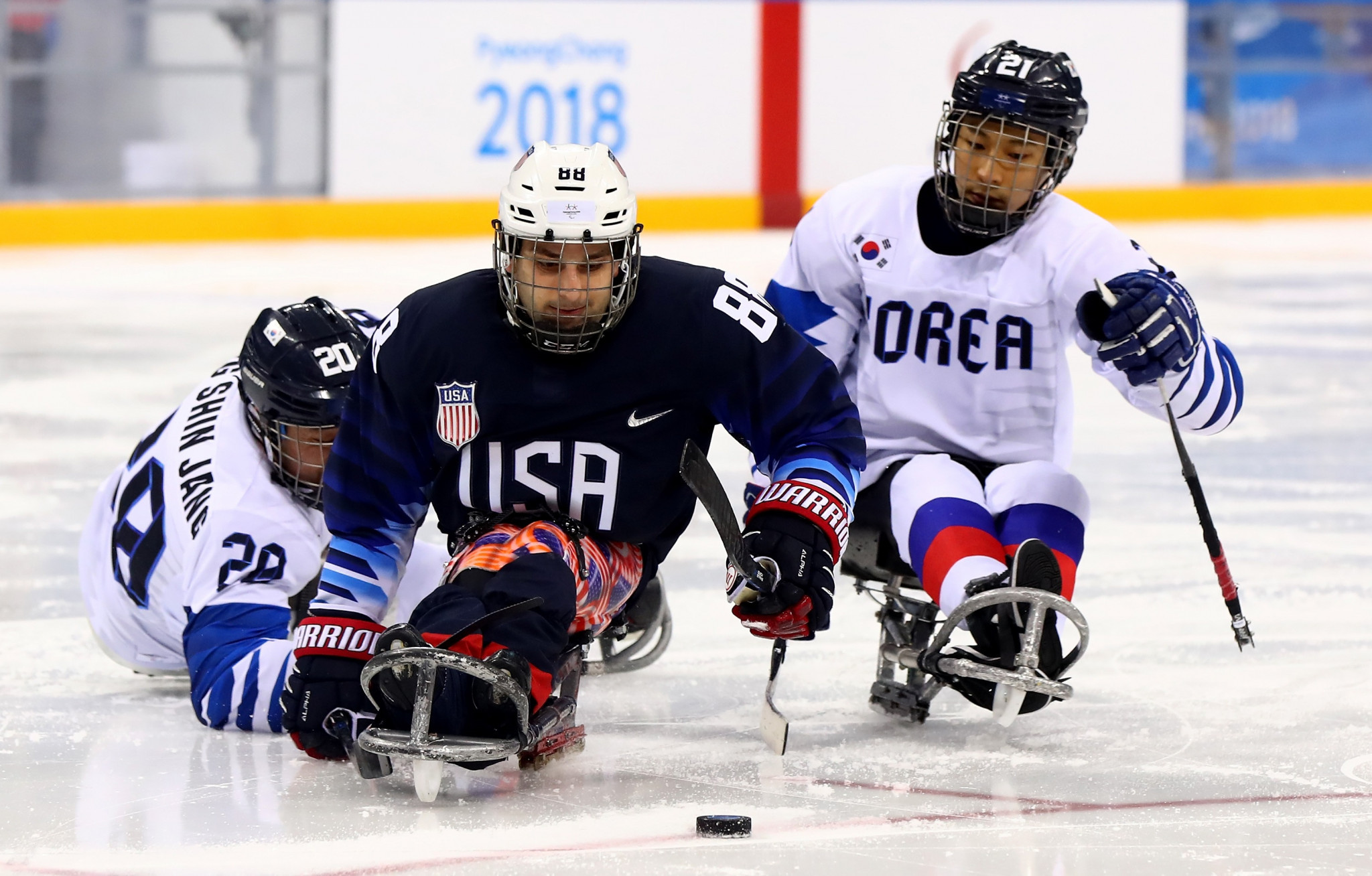 The United States thrashed hosts South Korea 8-0 to complete an unbeaten record in Group B of the ice hockey tournament ©Getty Images