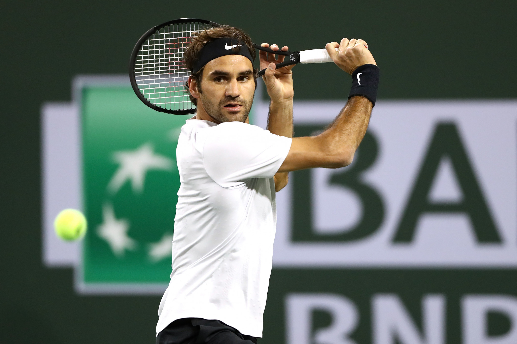 Federer equals best ever start to year to reach Indian Wells Masters semi-finals