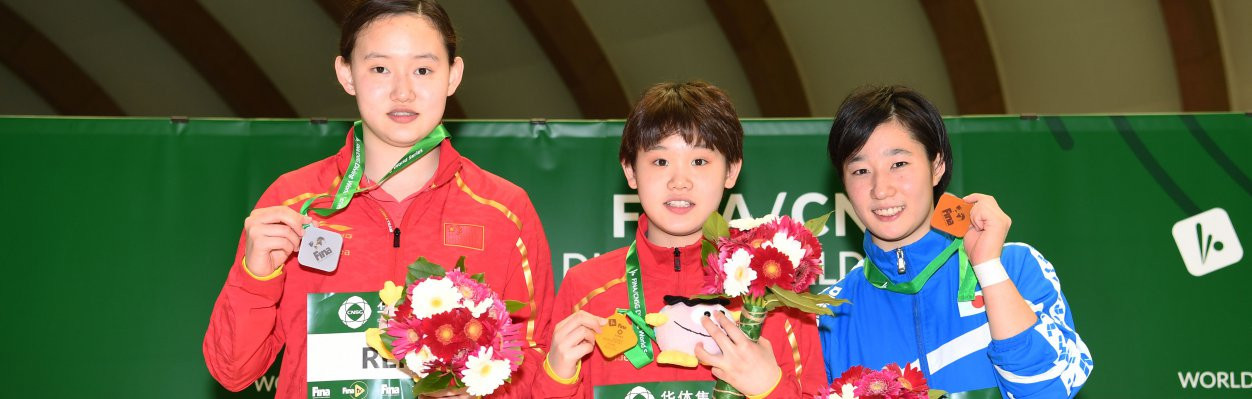 China's 14-year-old Zhang Zaiqi won gold in the women's 10m platform at the Fuji Diving World Series event ©FINA