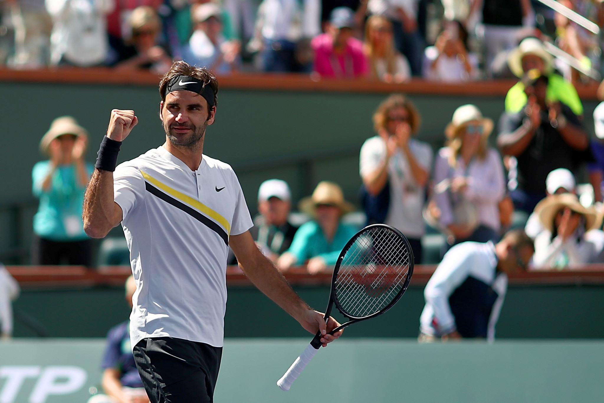 Federer confirms best-ever start to the season to reach Indian Wells final