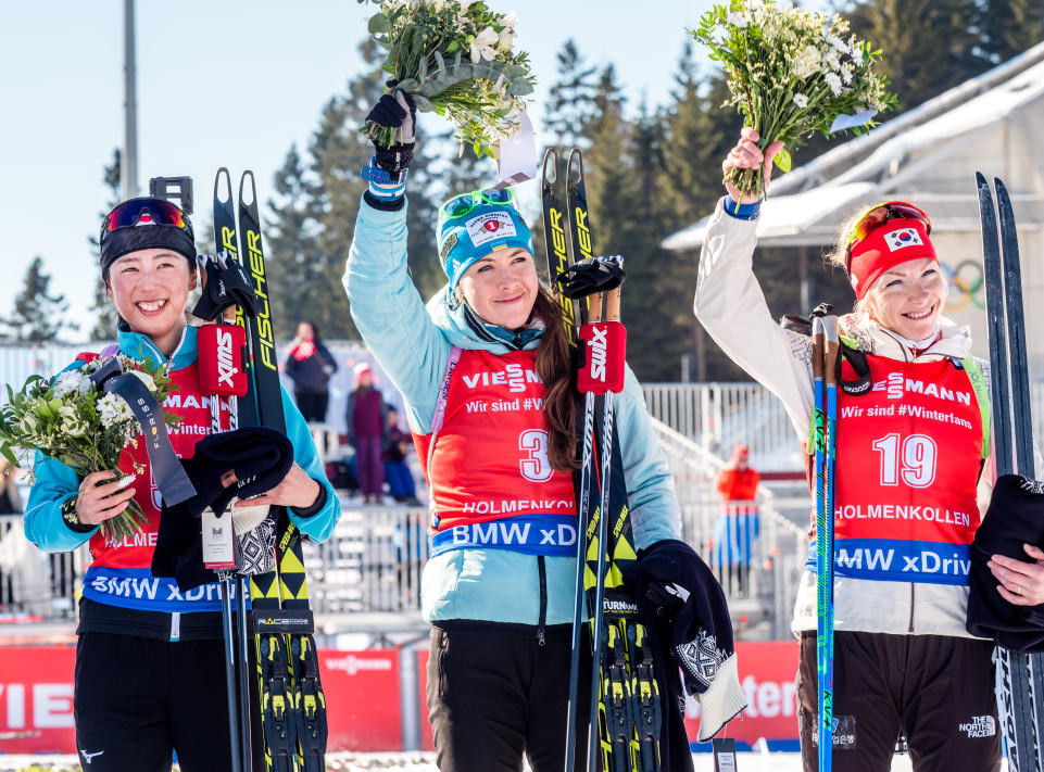 Uphill battle pays off as Domracheva claims 32nd IBU World Cup win in Oslo