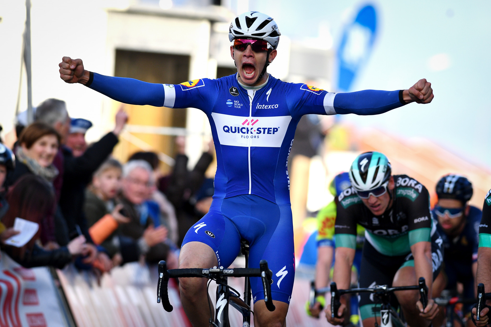 Hodeg sprints to opening stage victory at Volta Ciclista a Catalunya