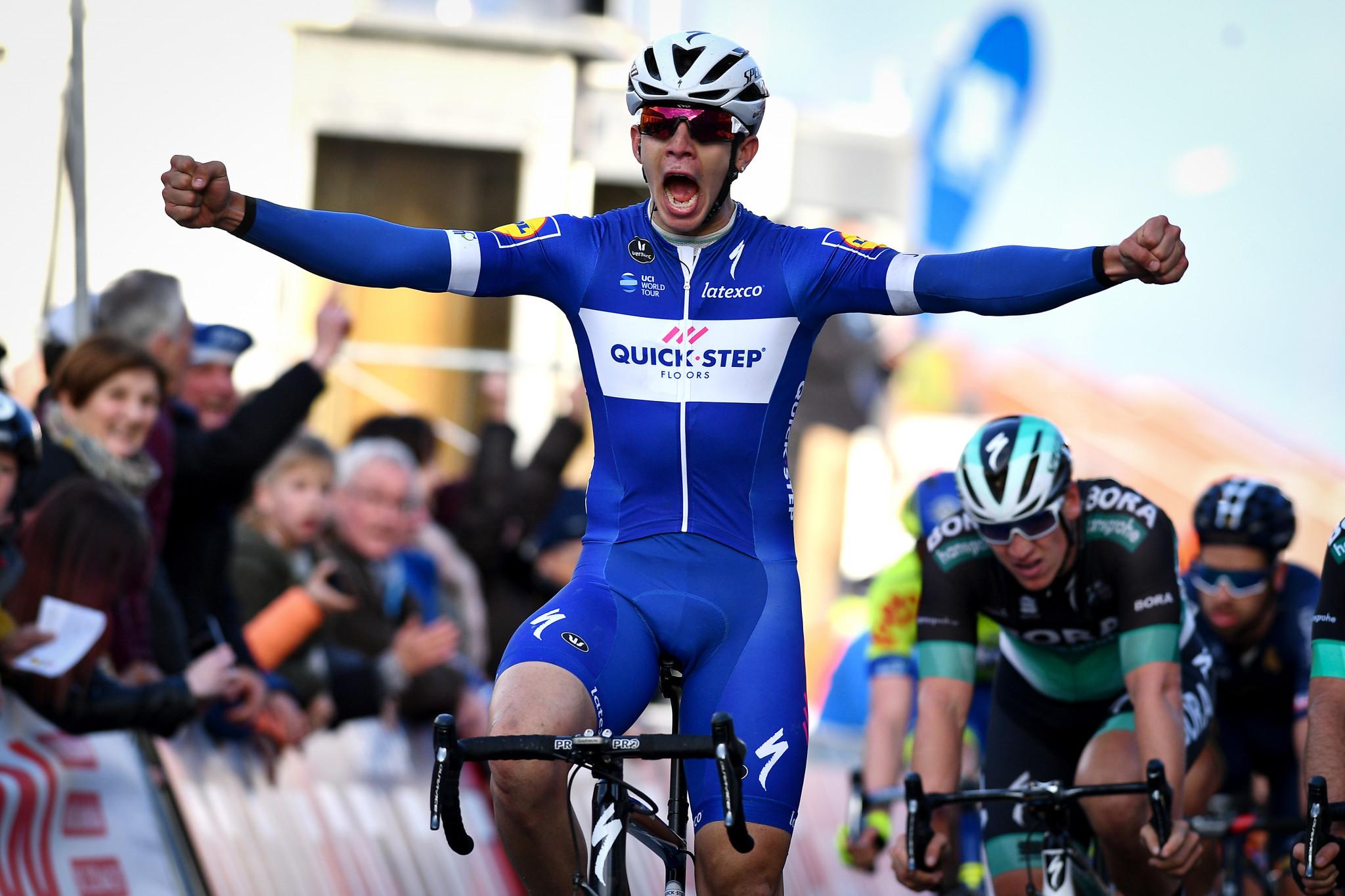 Catalunya: Quick-Step's Hodeg wins stage 1 handily