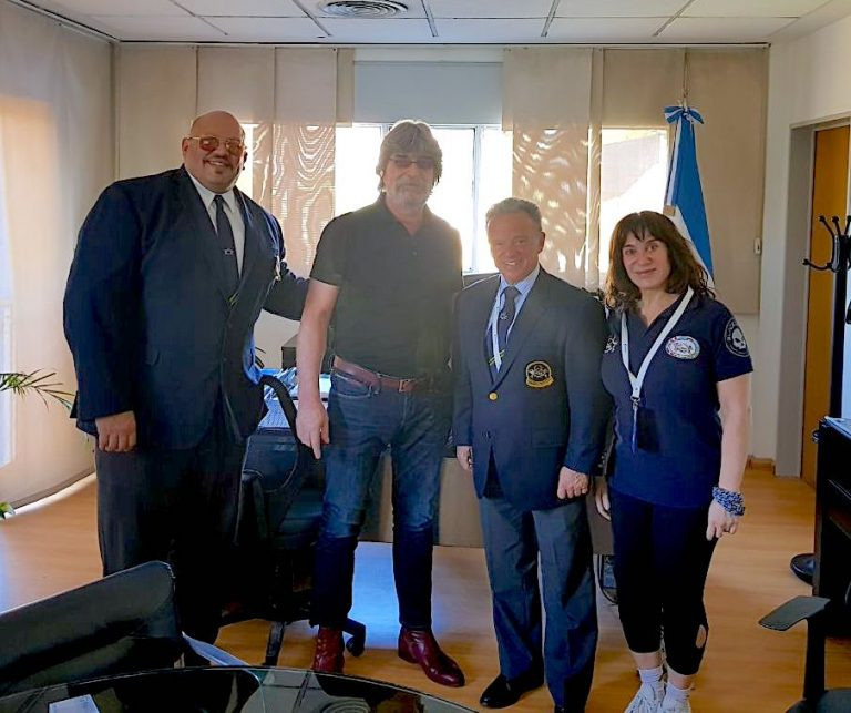 Rafael Santonja visited Argentina and Brazil on a visit to South America ©IFBB