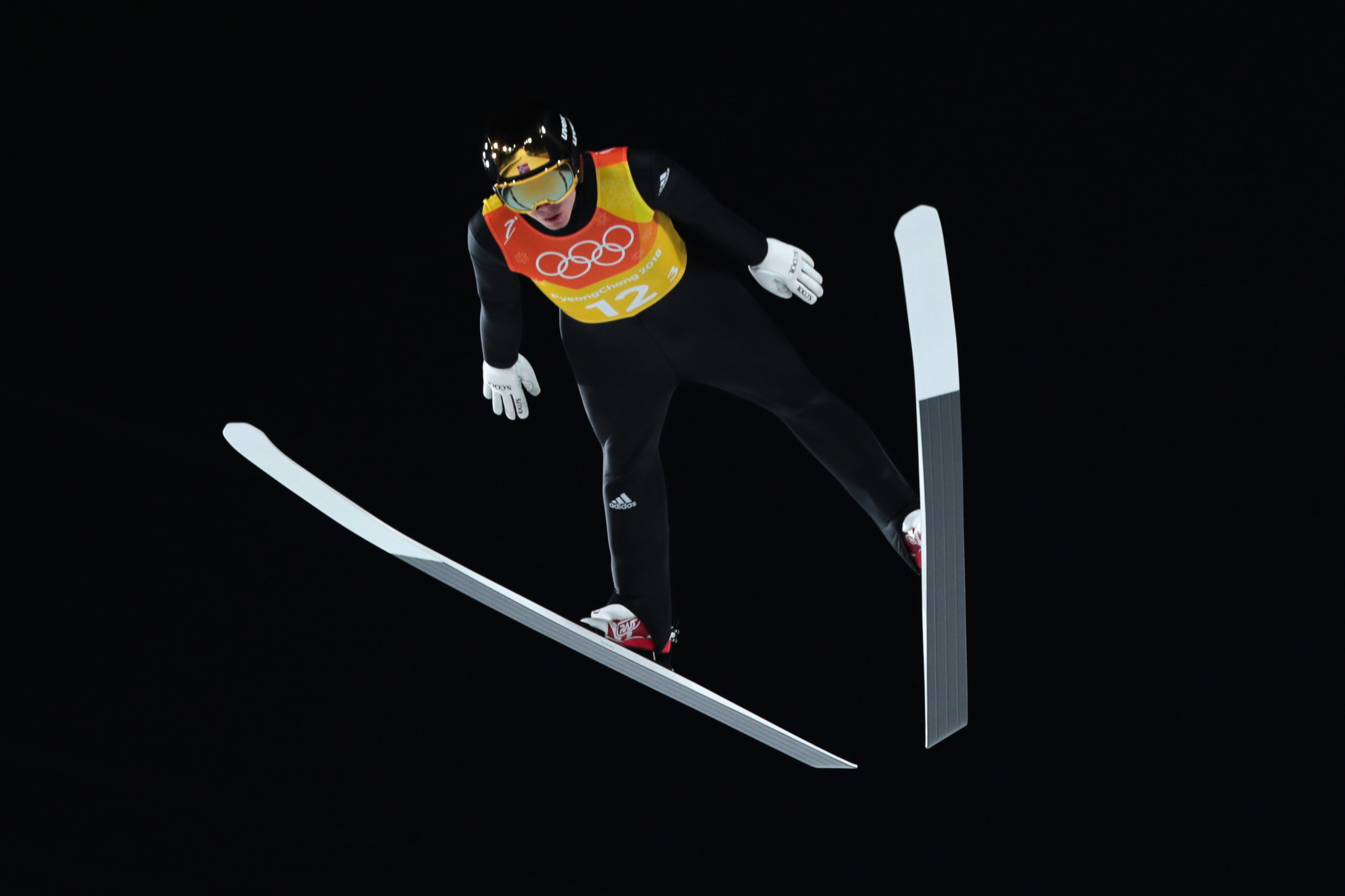 Forfang leads qualifying at Ski Jumping World Cup Finals in Planica