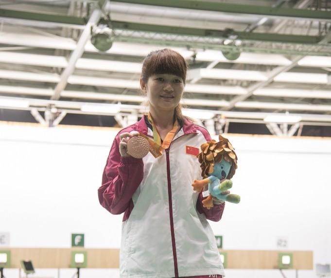 Yan stuns favourites to win gold at Para Shooting World Cup