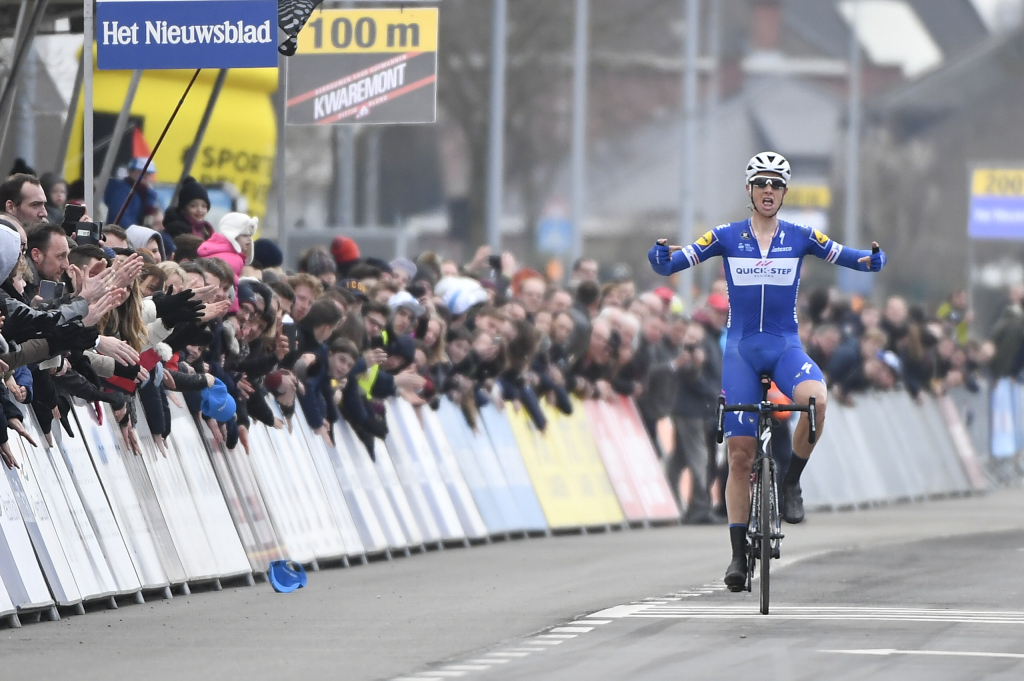 Terpstra takes solo win at E3 Harebeke race in Belgium