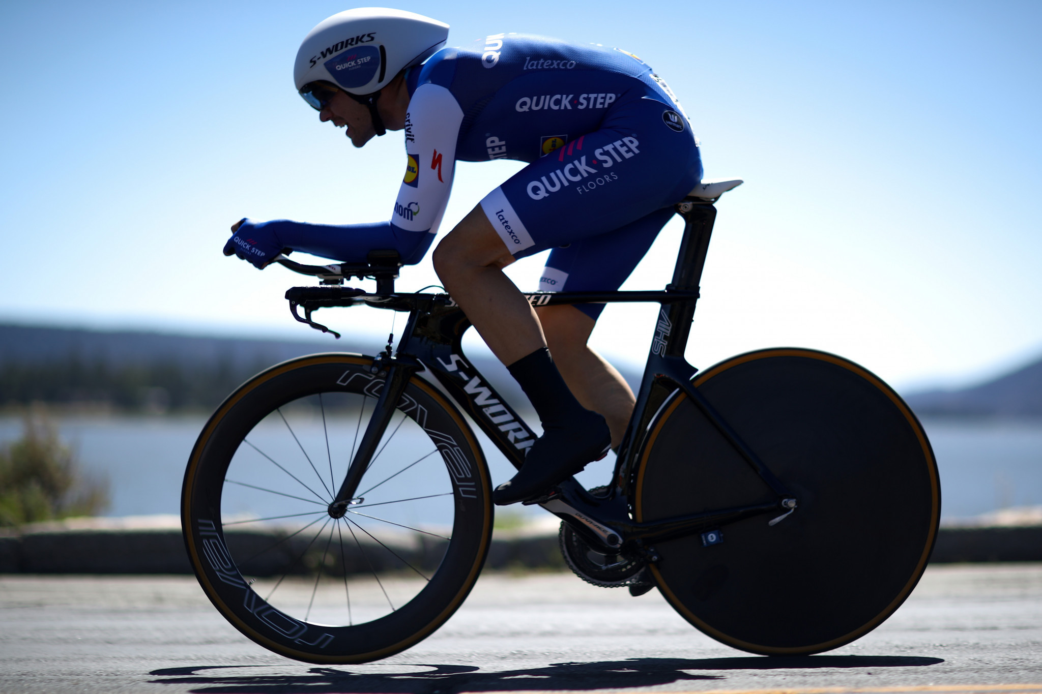 Schachmann braves sleet and snow to earn first UCI World Tour stage win at Volta a Catalunya