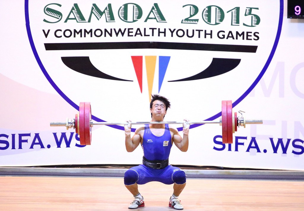 India's Jamjang Deru produced a commanding display to win gold in the boy's 56kg category