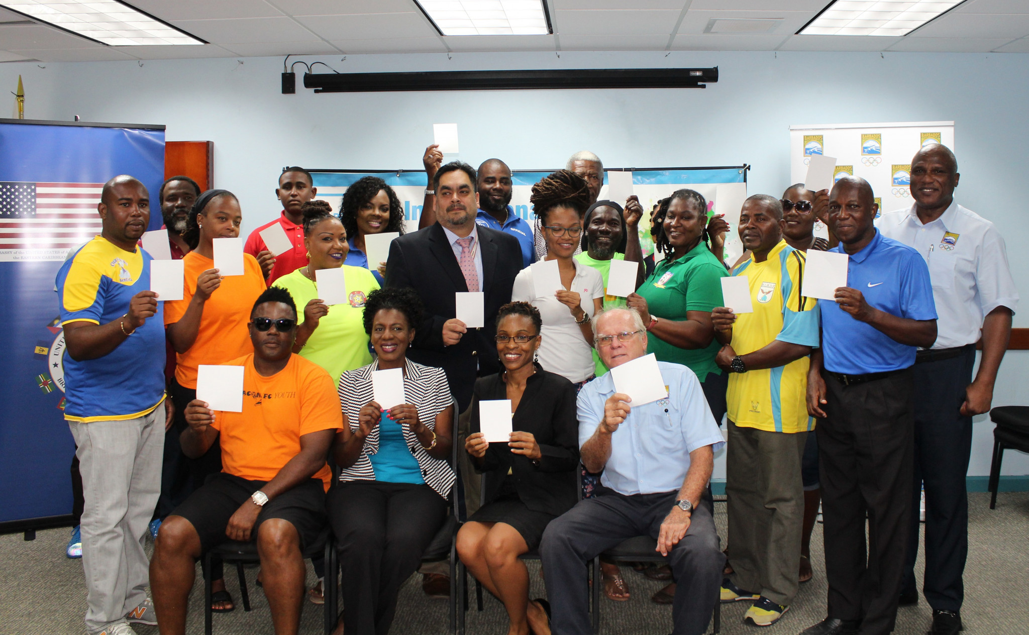 Organisers showed their support to Peace and Sport's white card initiative at the launch ©BOA