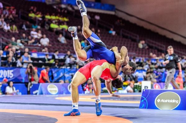 2015 Wrestling World Championships: Day one of competition