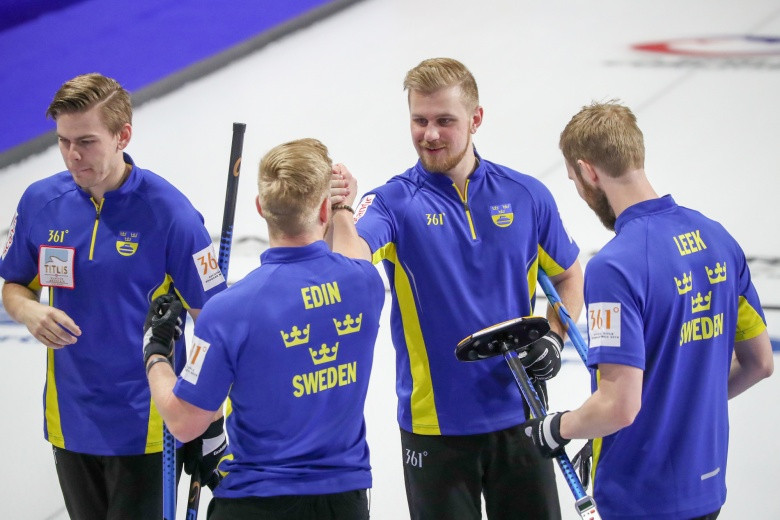 Sweden thrashed China 10-2 to guarantee their play-off place ©WCF