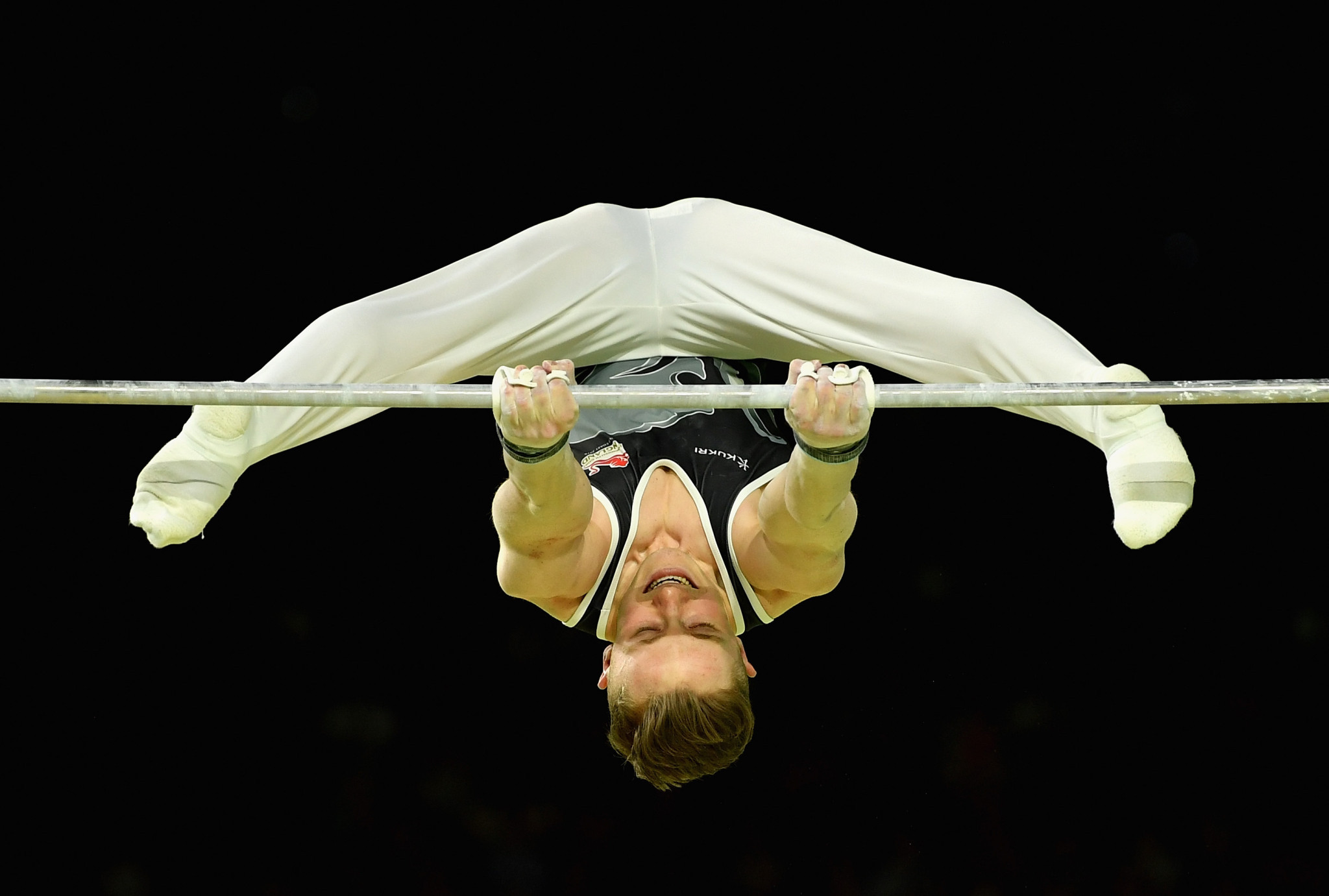England's Nile Wilson used his best apparatus to full effect to clinch the gold medal ©Getty Images