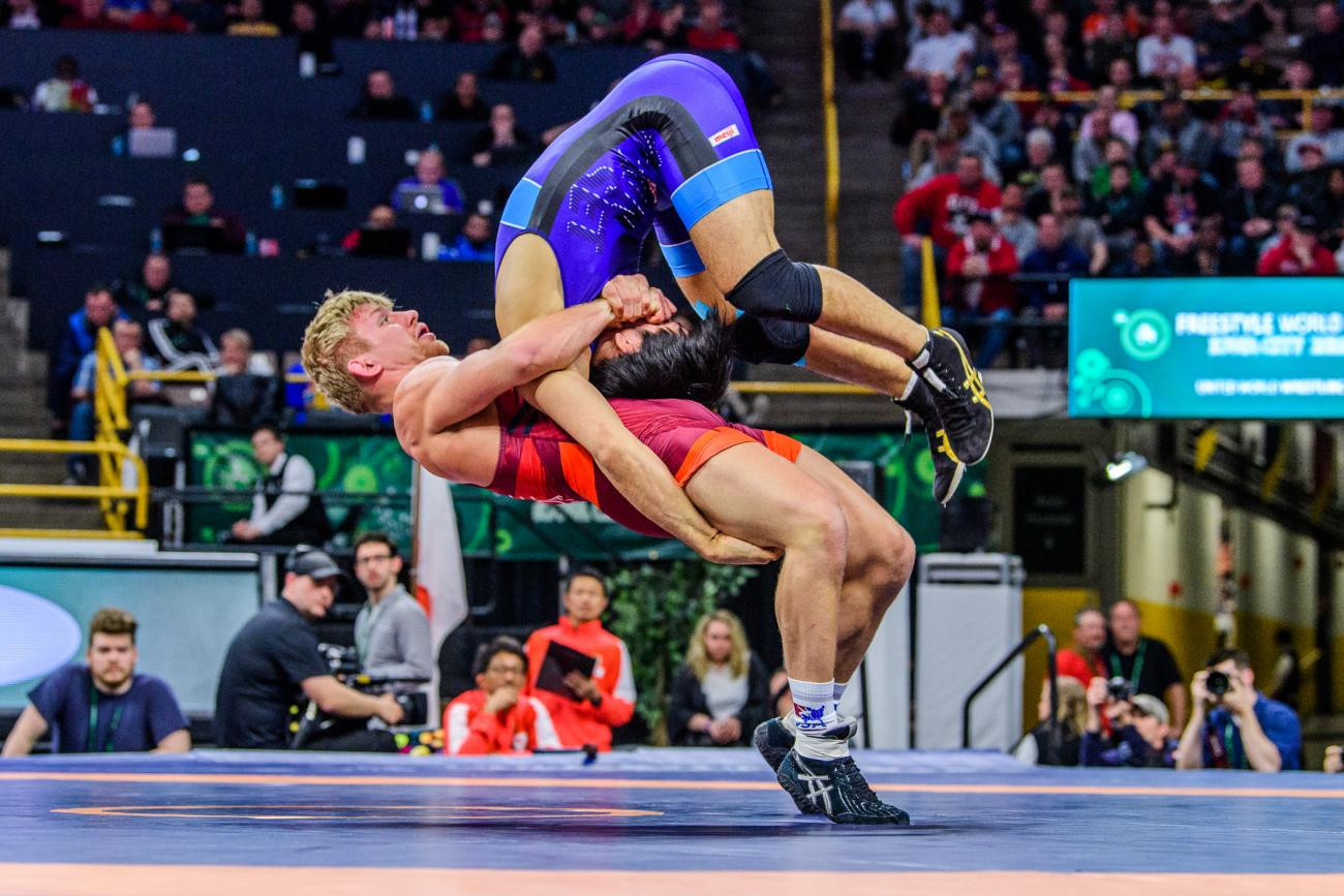 Hosts United States unbeaten after opening day of UWW Men's Freestyle World Cup