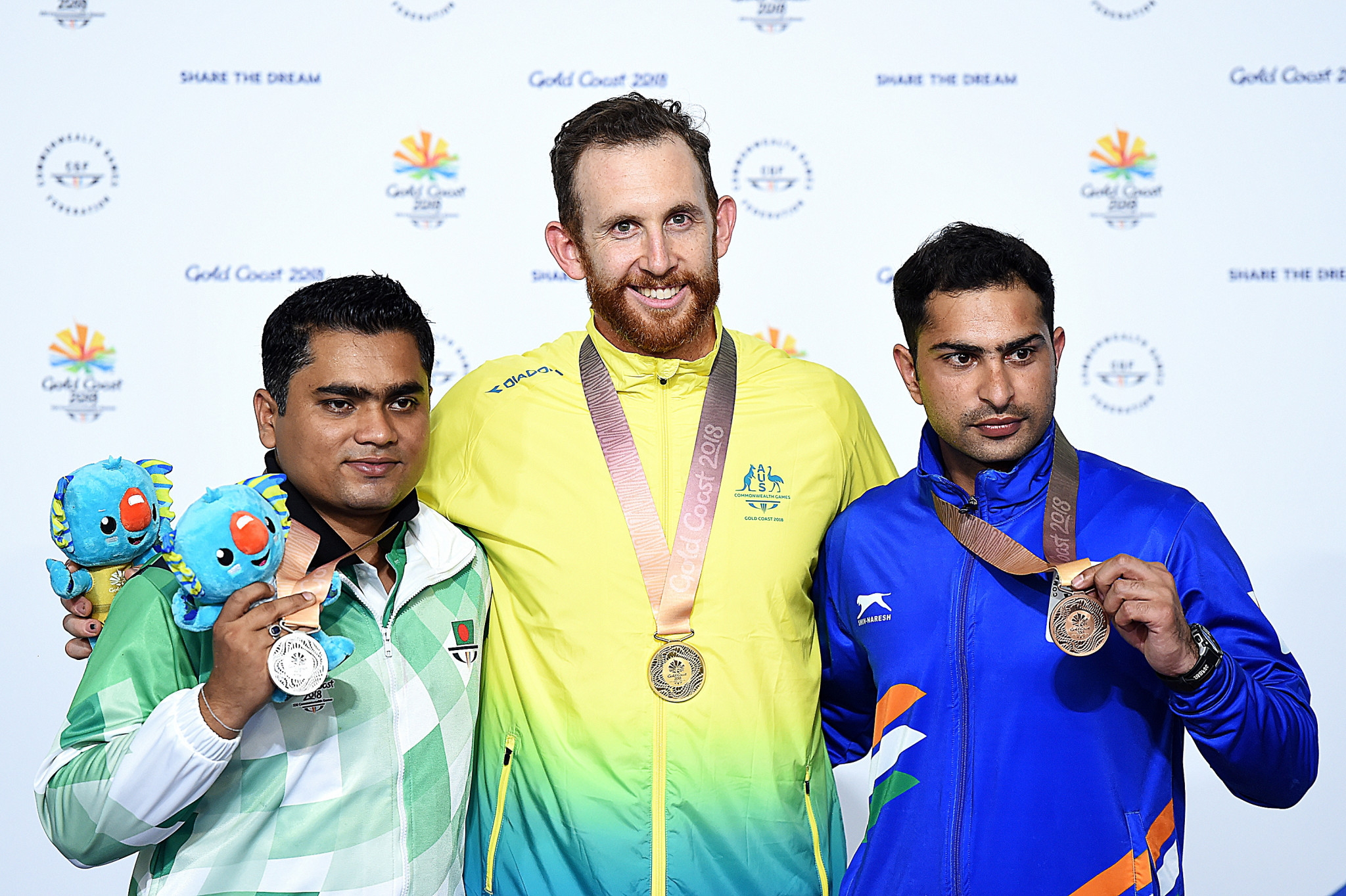 Dane Sampson won the men's 10m air rifle event for the host nation ©Getty Images