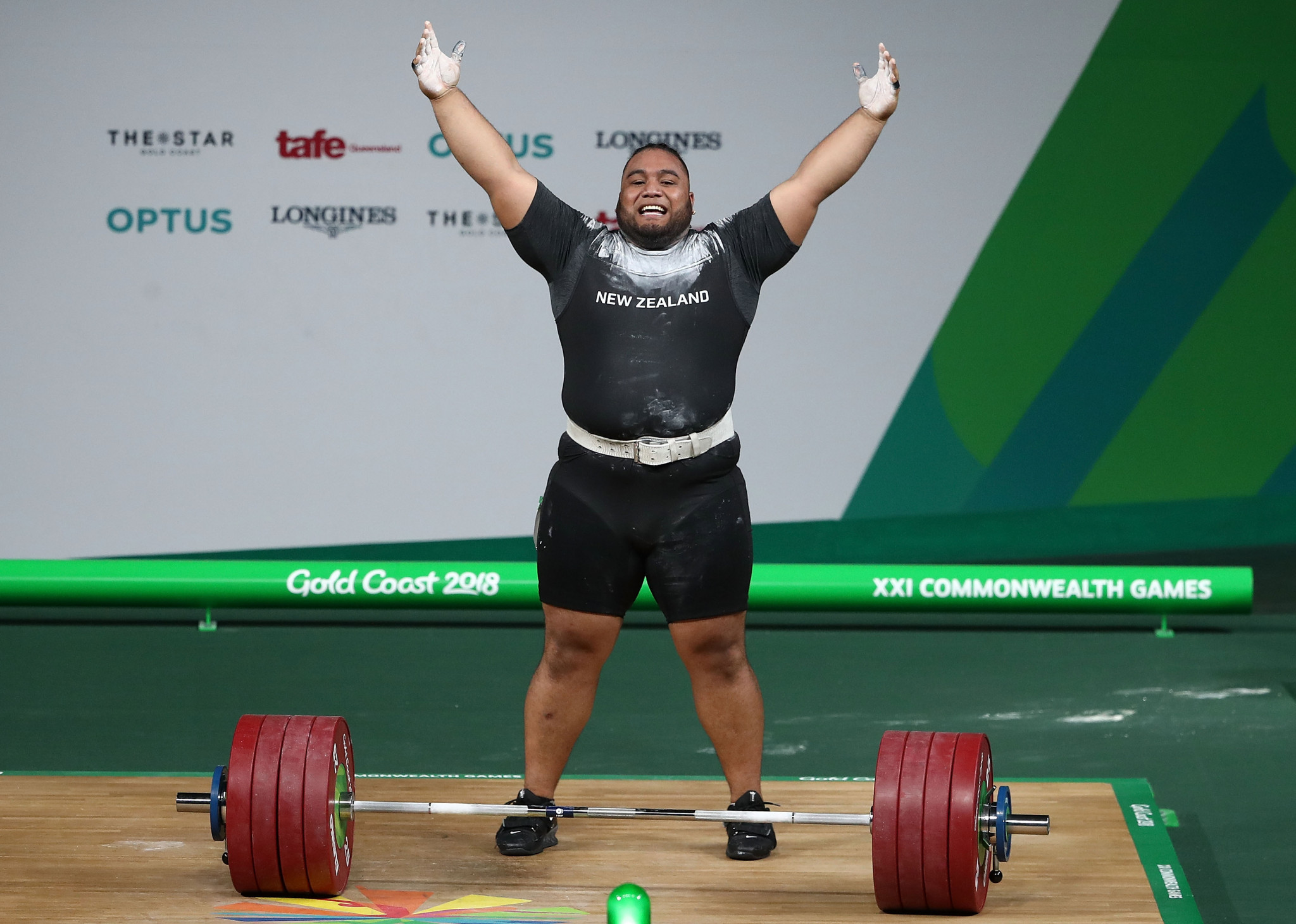 New Zealand's David Liti won the men's over 105kg event with a Commonwealth Games record total ©Getty Images