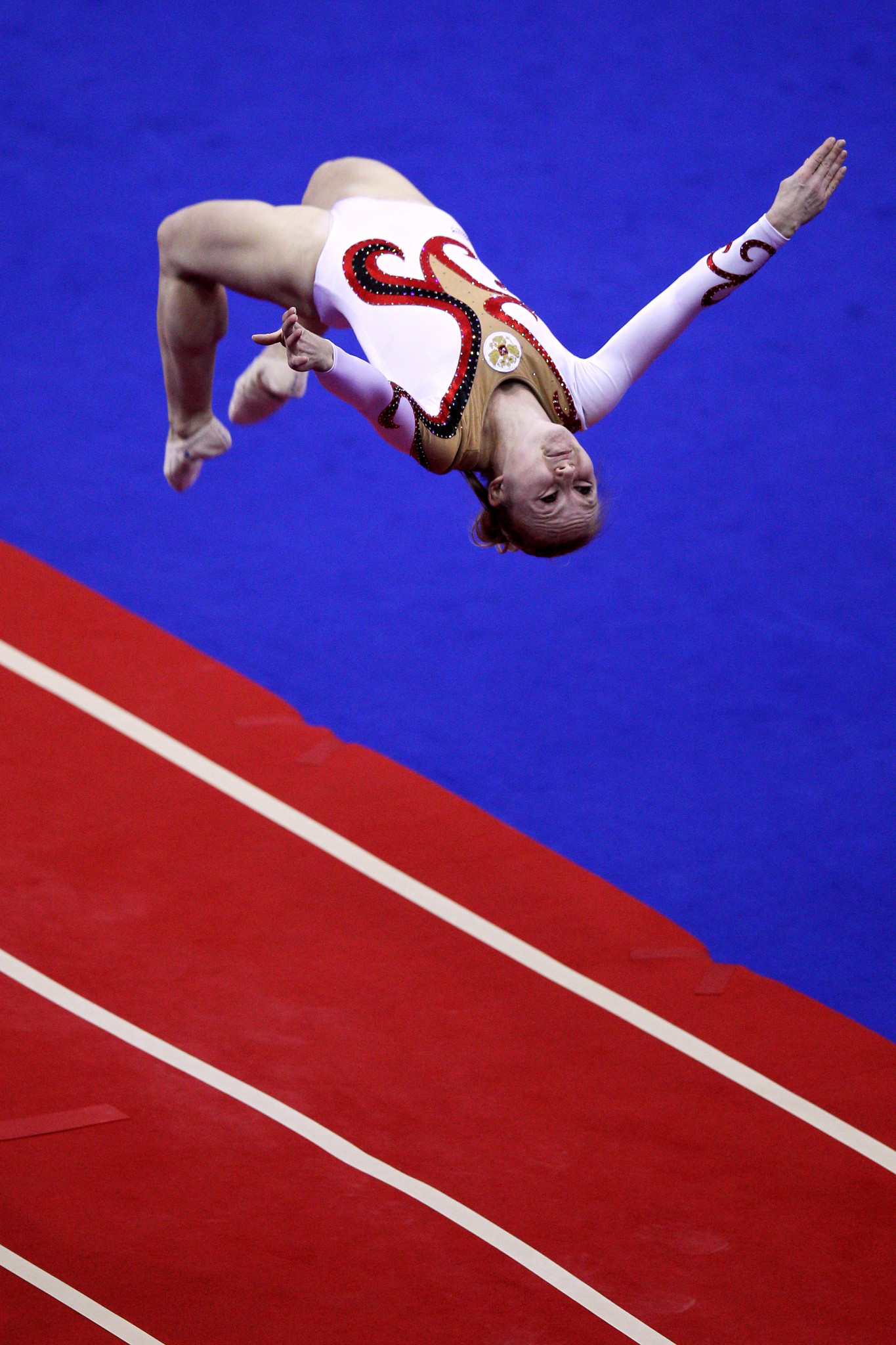 Anna Korobeynikova, who took her first world tumbling title with the Russian team back in 1998, will aim to defend her European title in Baku this weekend ©Getty Images