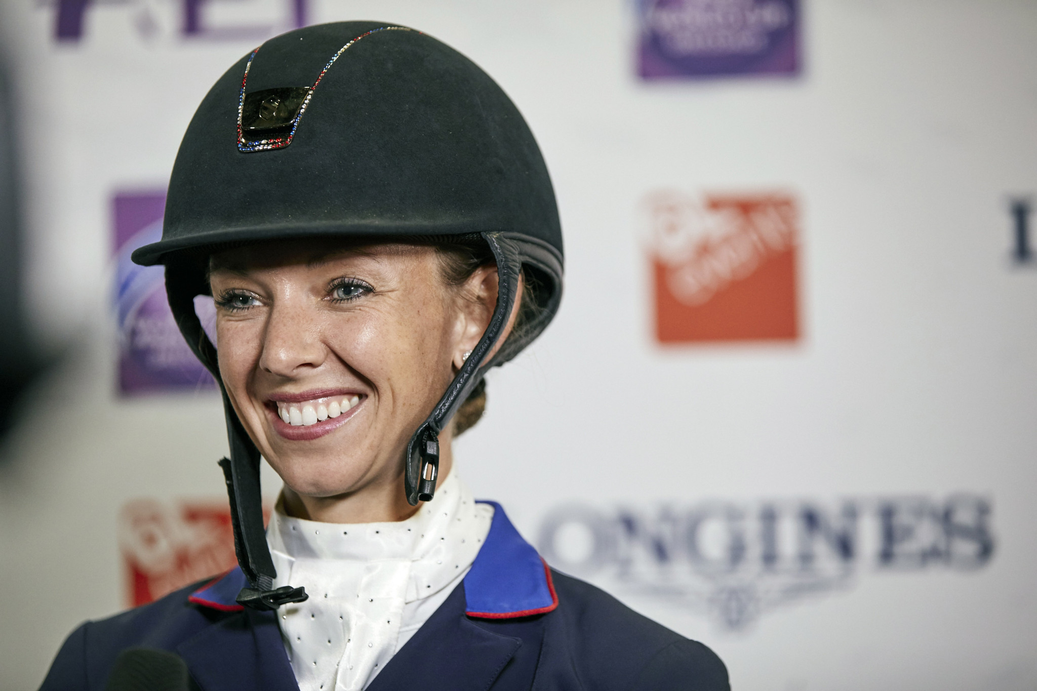 Graves gets her nose in front of Werth at halfway point of FEI World Cup Dressage Final in Paris