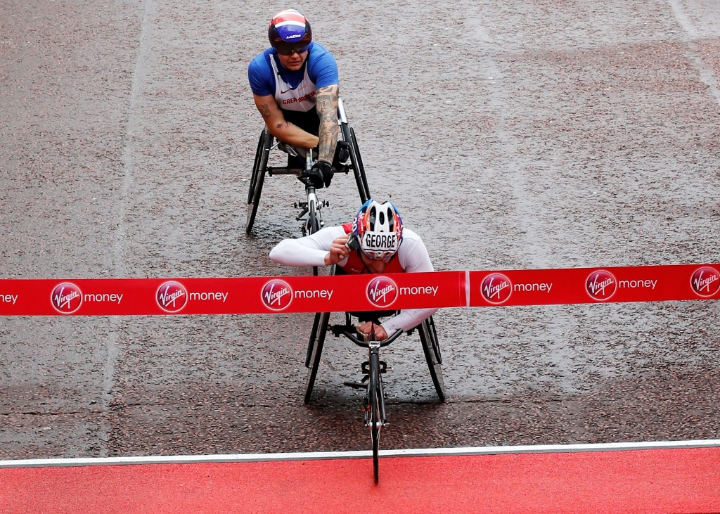 American Joshua George pipped David Weir to the men's T53/54 London Marathon title ©Getty Images