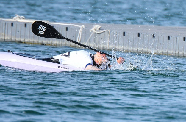 Lan Tominc reacts after winning the men's K1 slalom title at the Summer Youth Olympic trials for Buenos Aires 2018 in Barcelona ©ICF