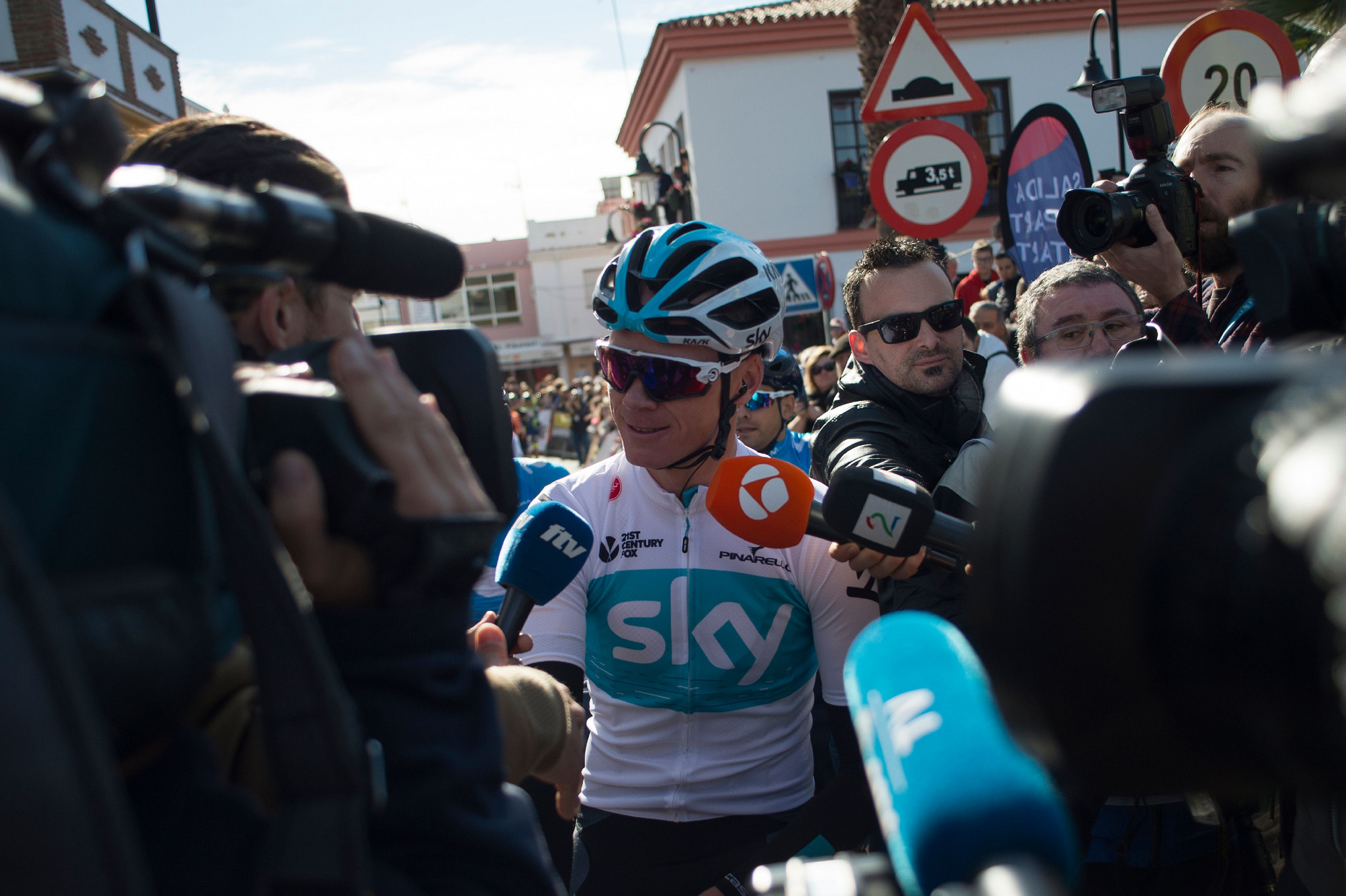 Britain's Chris Froome has continued to face questions about his salbutamol case ©Getty Images