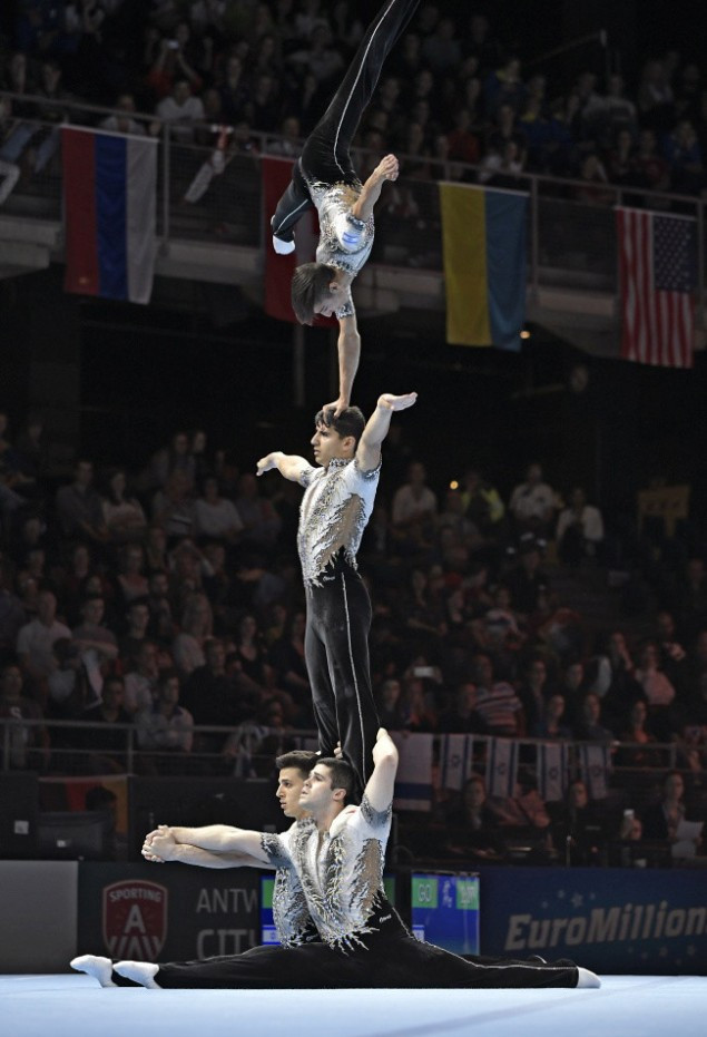 Israel beat favourites China to win the men's group title at the FIG Acrobatic Gymnastics World Championships in Antwerp ©FIG