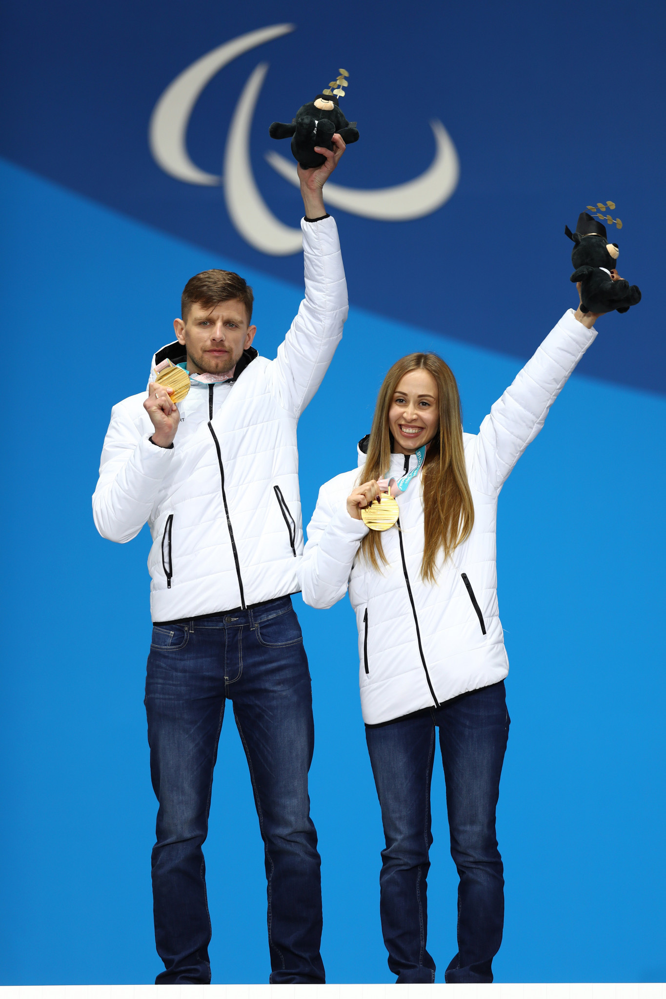 Mikhalina Lysova, right, and her guide Alexey Ivanov, left, won five medals at Pyeongchang 2018 ©Getty Images