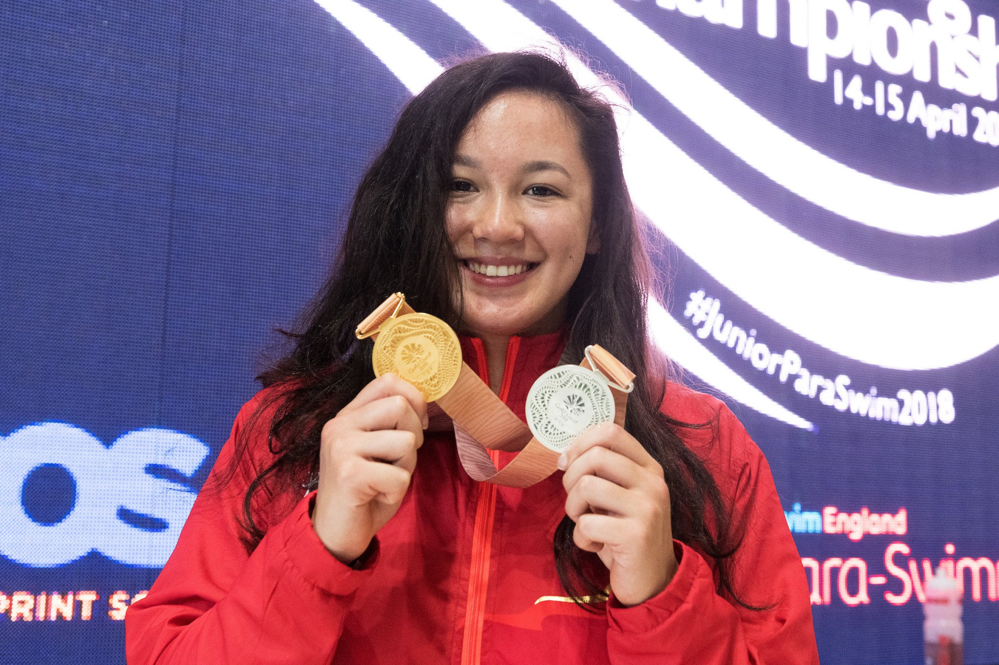 Double Gold Coast 2018 Commonwealth Games medallist Alice Tai was on hand to cheer on the athletes at the National Junior Para-Swimming Championships ©EFDS