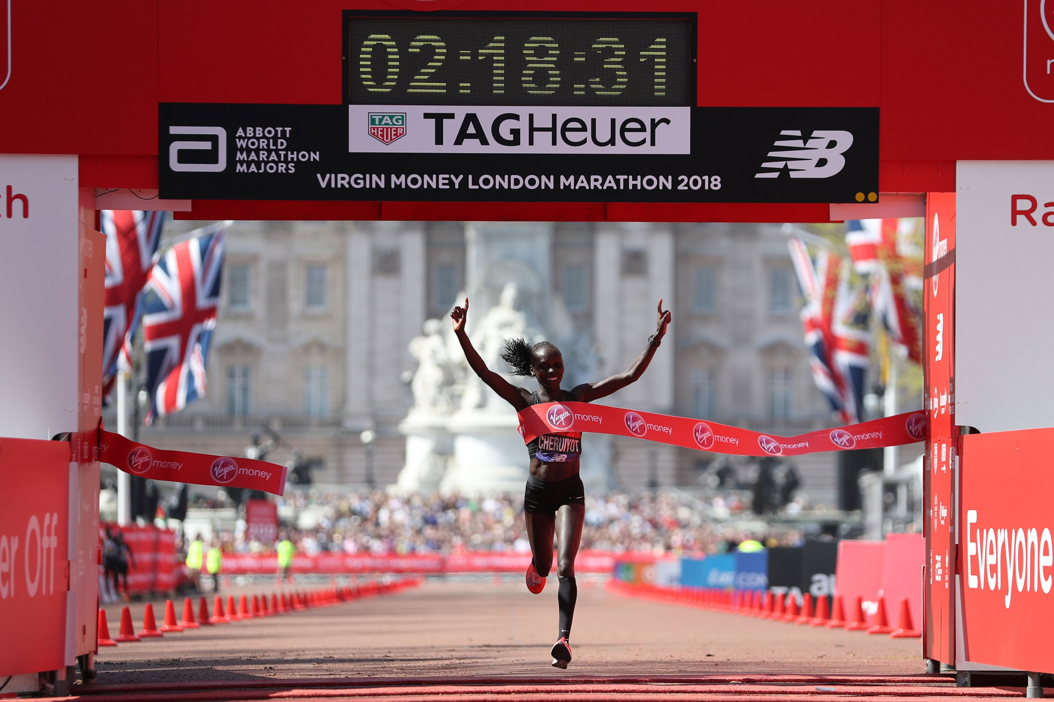 Kenya's Olympic 5,000 metres champion Vivian Cheruiyot won her first Virgin London Marathon ©Getty Images