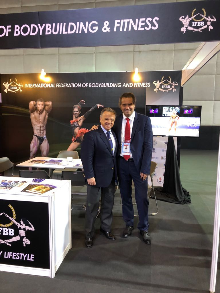 Rafael Santonja, left, and PASO President Neven Ilic, right, discussed bodybuilding's inclusion on the Pan American Games programme at Lima next year ©IFBB