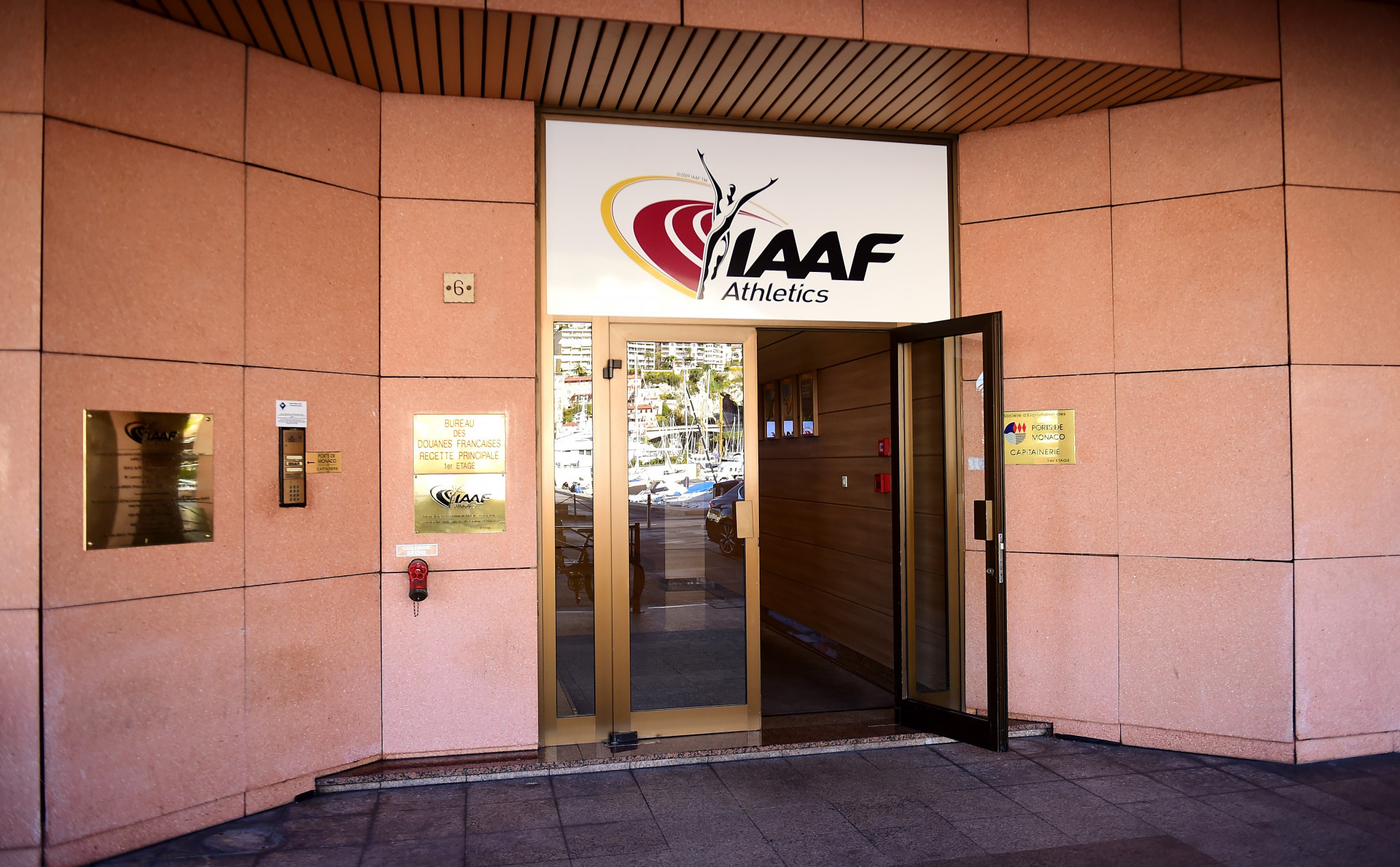 Pavel Kolobkov and Sebastian Coe are rumoured to be meeting at the IAAF headquarters in Monaco ©Getty Images