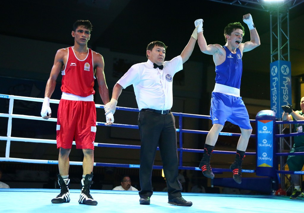 Bowen stuns Asian youth champion Solanki on bumper night of boxing finals at Samoa 2015