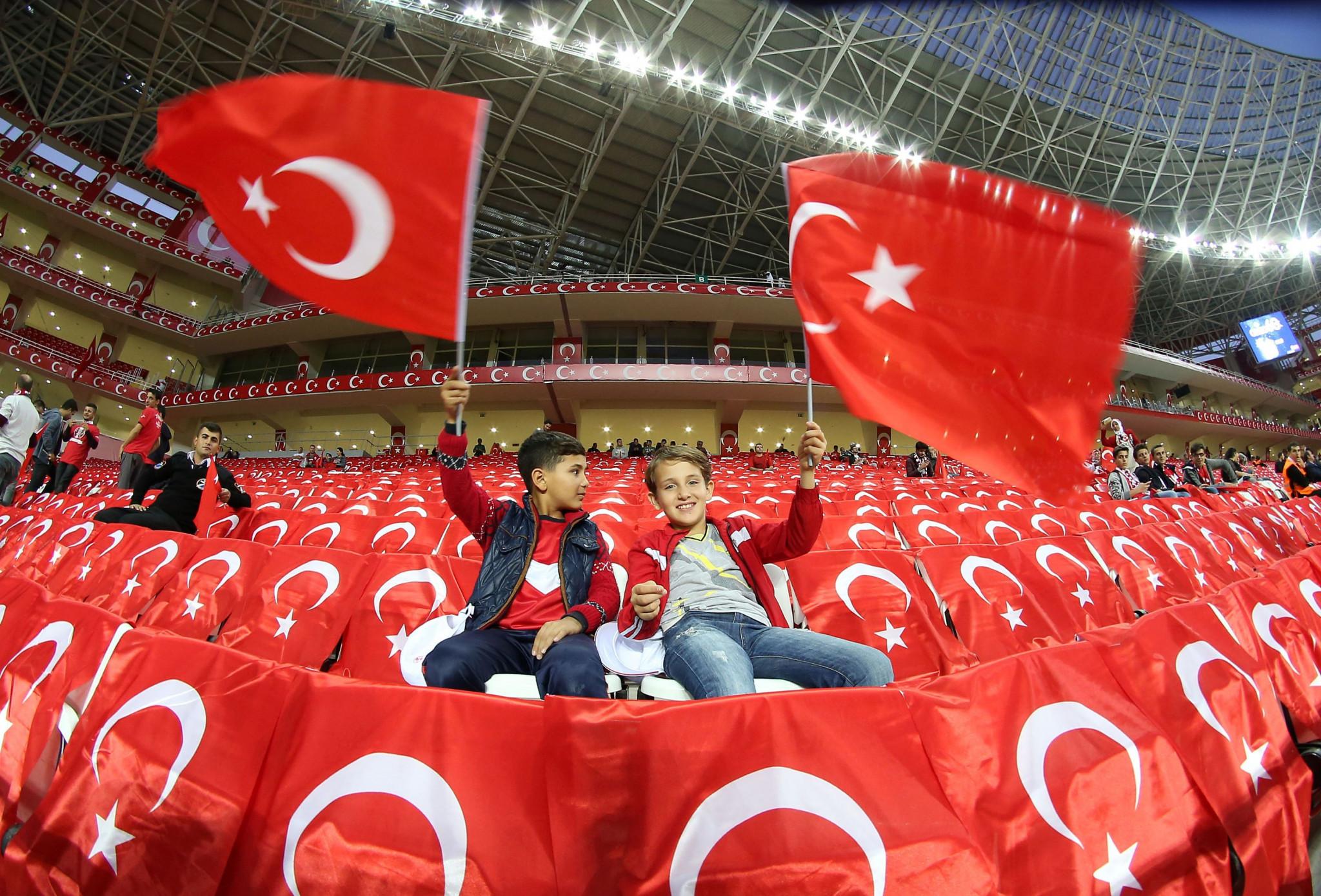 Turkey submit Euro 2024 bid as deadline looms