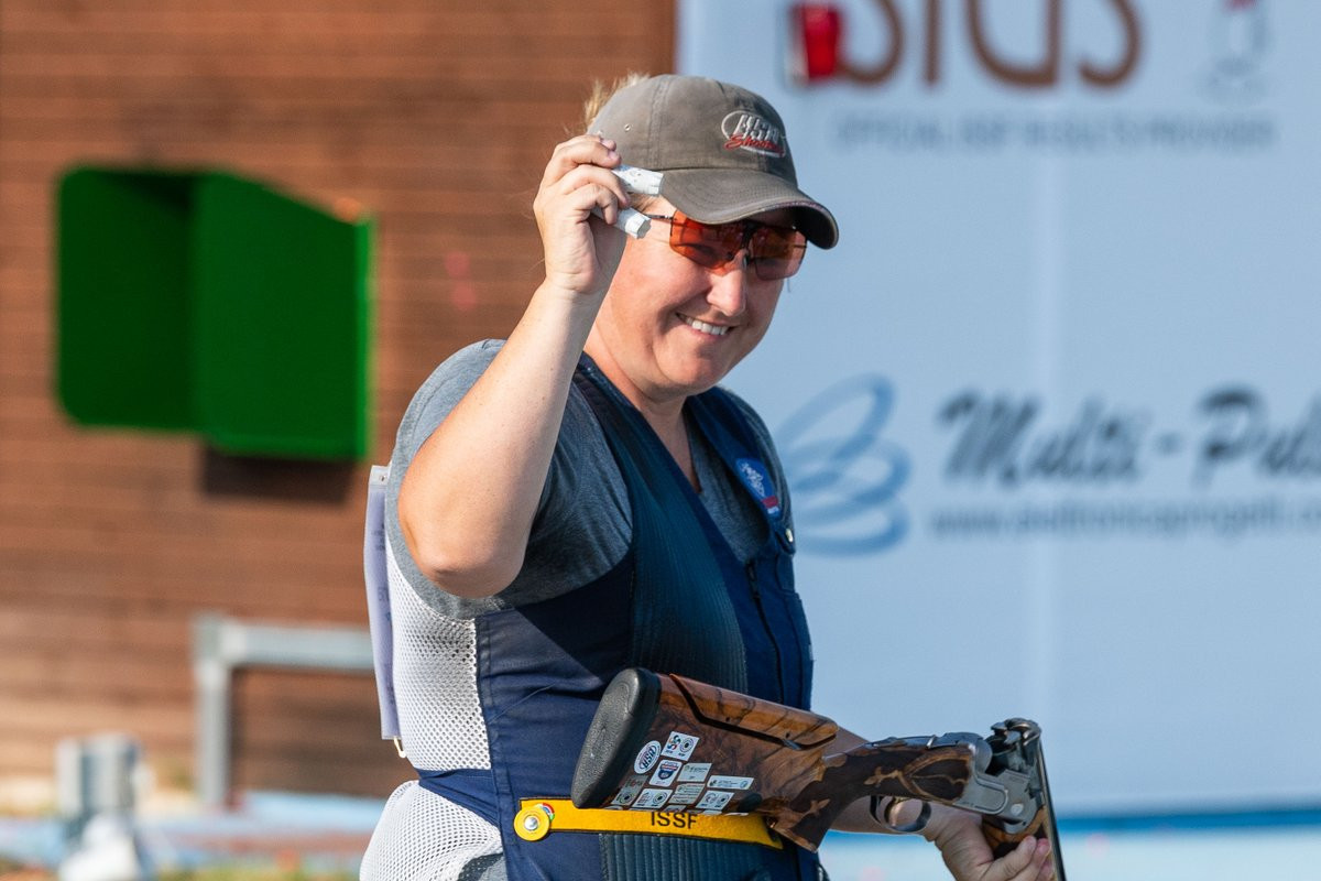 Kimberly Rhode broke her own world skeet shooting world record in winning gold at the ISSF World Cup in Changwon ©ISSF