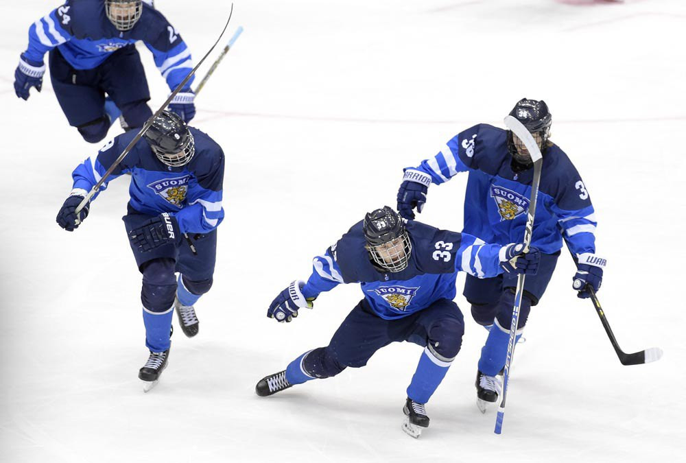 Finland survive United States fightback to reclaim IIHF World U18 title