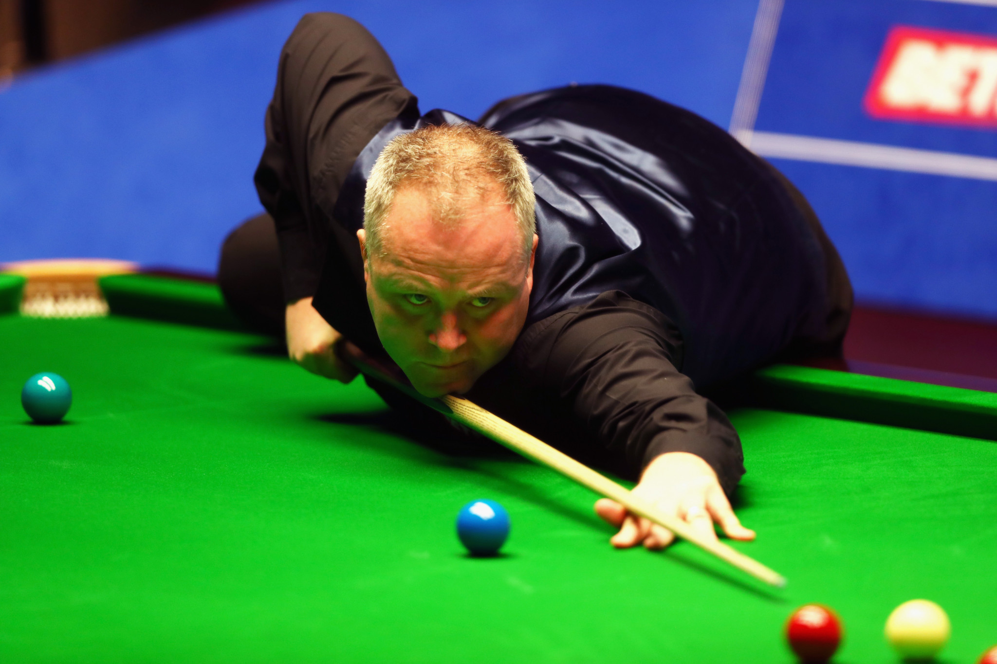 Four-time winner John Higgins has booked his place in the quarter-finals of the World Snooker Championships ©Getty Images