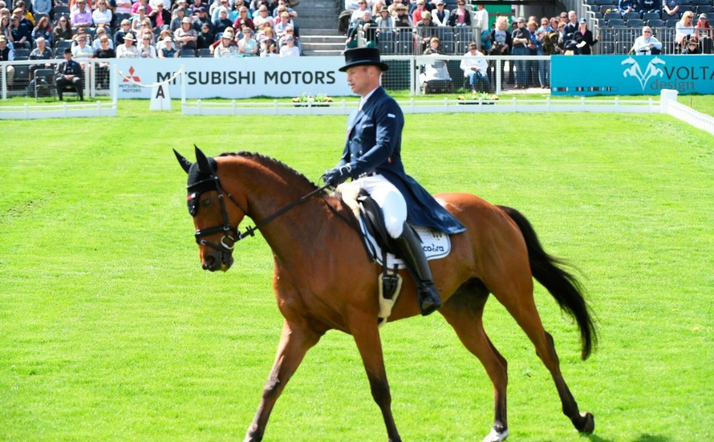 Equestrian: Jonelle Price and Classic Moet shoot into lead at Badminton