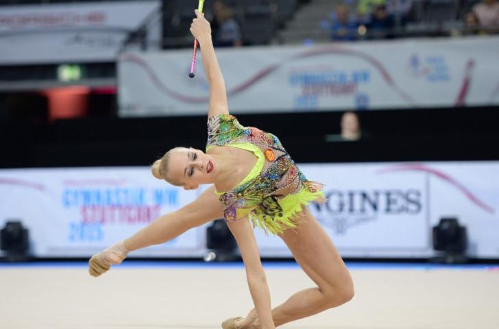 Teenage sensation Kudryavsteva at the treble on action-packed day at 2015 Rhythmic Gymnastics World Championships
