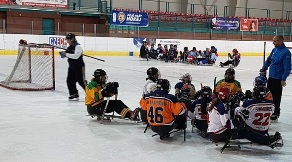 Canada and the United States are in the final of the second Women's Para Ice Hockey Cup in Ostrava ©WomensPIH