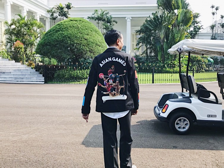 Indonesian President wears jacket to back Jakarta Palembang Asian Games