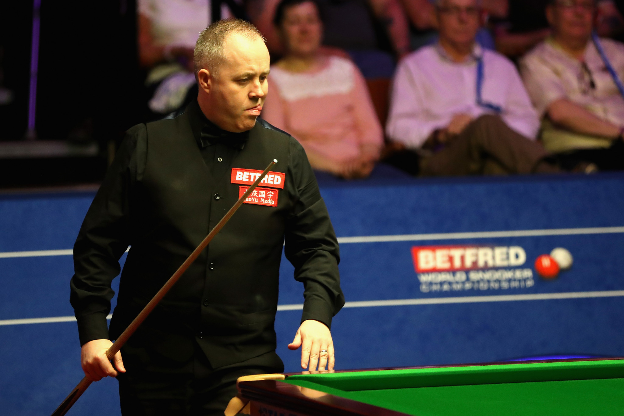 John Higgins remains on course for a fifth world title ©Getty Images
