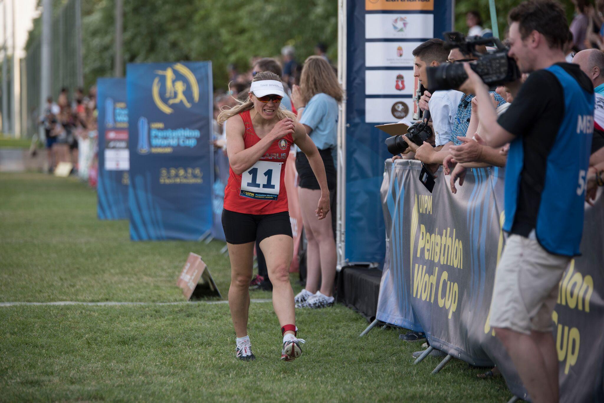 Anastasiya Prokopenko earned silver in a sprint finish ©UIPM