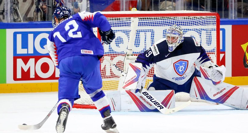 Slovakia beat France today elsewhere at the World Championships ©IIHF