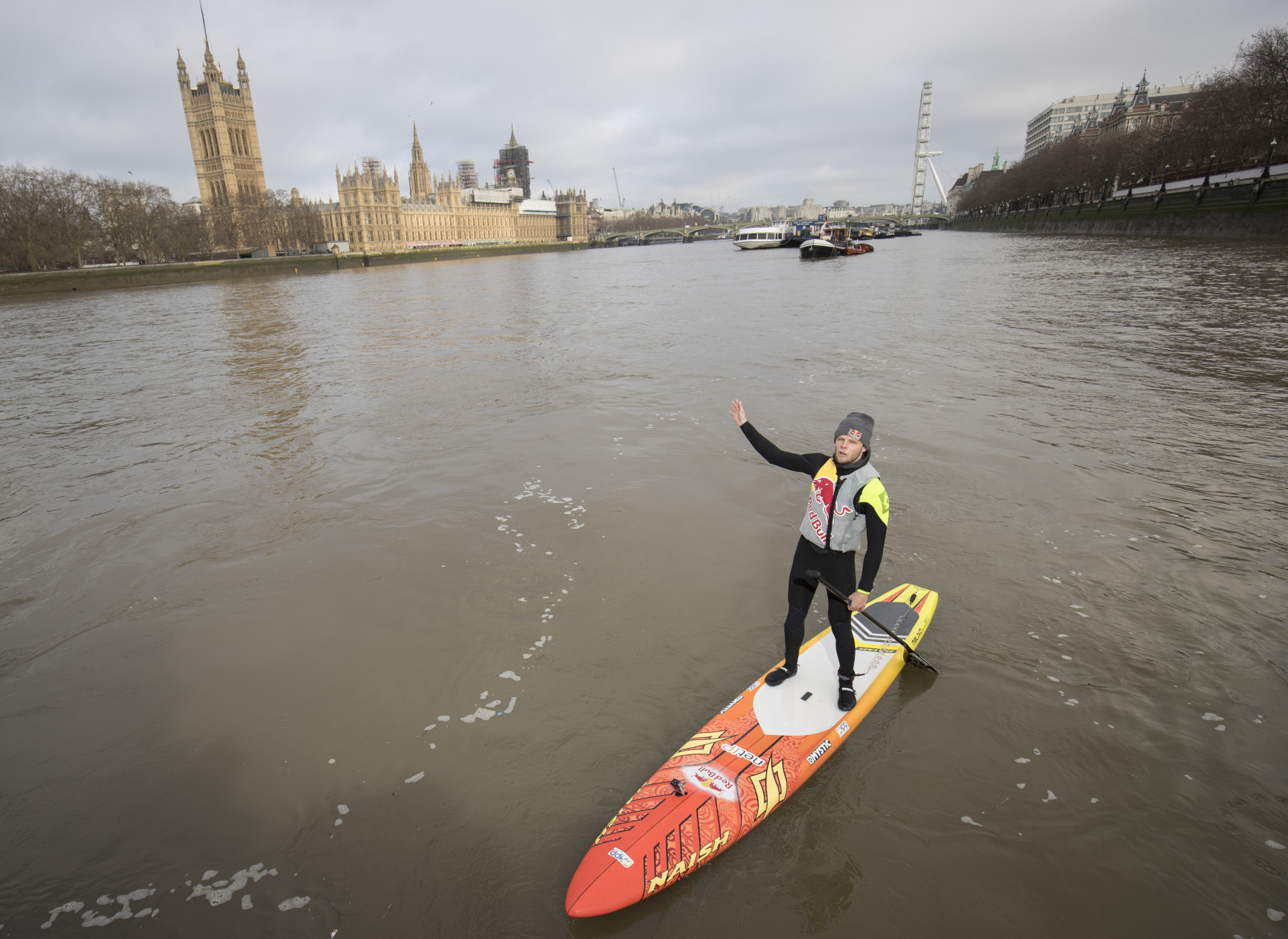 Casper Steinfath pictured paddling on the River Thames in London ©Getty Images